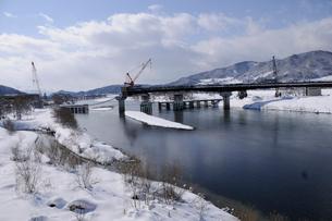 北陸新幹線橋梁工事の写真素材 [FYI03316991]