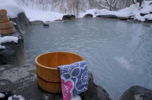 五色温泉 露天風呂の写真素材 [FYI03317018]