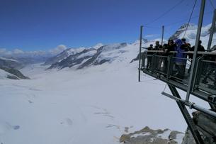 ユングフラウヨッホ スフィンクス展望台からアレッチ氷河の写真素材 [FYI03317073]