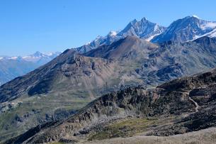 スイス最高峰ドムとオーバーロートホルンの写真素材 [FYI03317152]