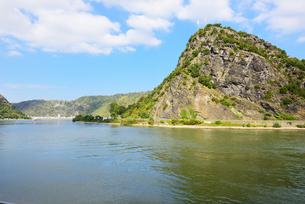 ローレライの岩山の写真素材 [FYI03317543]