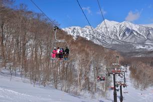 戸隠スキー場から高妻山の写真素材 [FYI03317665]