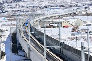 北陸新幹線上り試運転列車の写真素材 [FYI03317926]