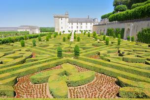 ヴィランドリー城庭園と城館の写真素材 [FYI03318270]