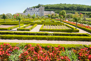 ヴィランドリー城庭園と城館の写真素材 [FYI03318275]
