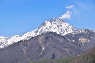 新潟焼山噴火の写真素材 [FYI03318382]