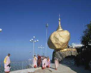 チャイティヨー仏塔の写真素材 [FYI03320302]