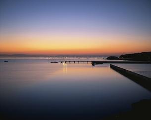 有明の夜明け 太良町の写真素材 [FYI03324054]