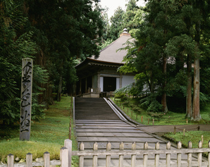中尊寺金色堂の写真素材 [FYI03329616]