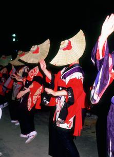 西馬音内盆踊りの写真素材 [FYI03341543]