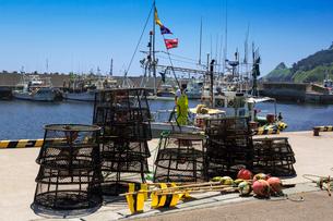 尻屋崎漁港のたこ漁籠の写真素材 [FYI03343187]