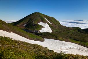 横岳稜線より駒ケ岳を望むの写真素材 [FYI03343263]