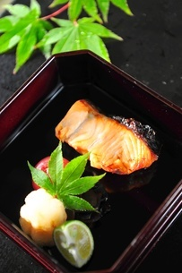 Japanese fine foods 焼き魚の写真素材 [FYI03344154]