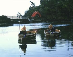 小木のたらい船 矢島・経島の写真素材 [FYI03344184]