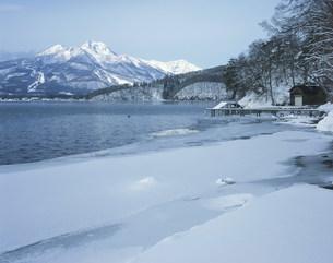 野尻湖と妙高山の写真素材 [FYI03344898]