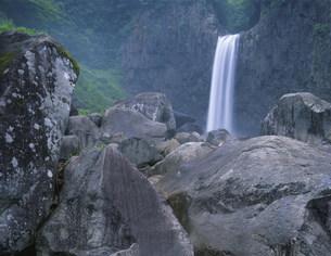 苗名滝の写真素材 [FYI03344925]
