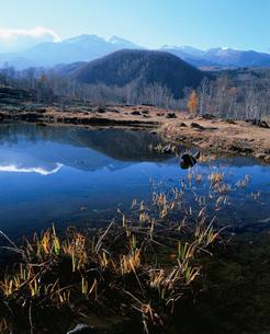 まいめの池と乗鞍岳の写真素材 [FYI03345470]