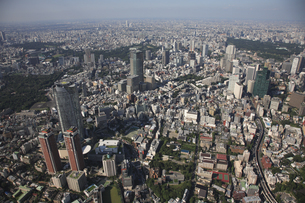 森タワーと六本木ヒルズ 東京ミッドタウンの写真素材 [FYI03346255]