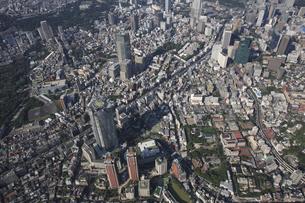 森タワーと都市景観の写真素材 [FYI03346277]