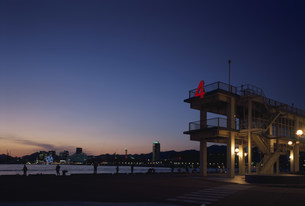 神港第4突堤夜景の写真素材 [FYI03346372]