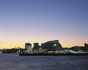 神戸港夜景の写真素材 [FYI03346374]