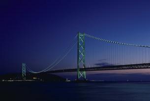 アジュール舞子より 垂水区海岸通 明石海峡大橋の写真素材 [FYI03346380]
