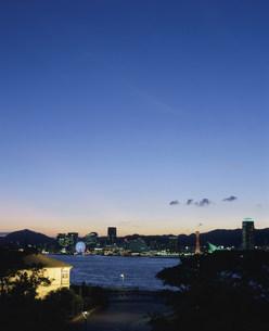 神戸港夕景の写真素材 [FYI03346531]