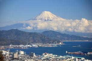 日本平より見た富士山の写真素材 [FYI03346905]