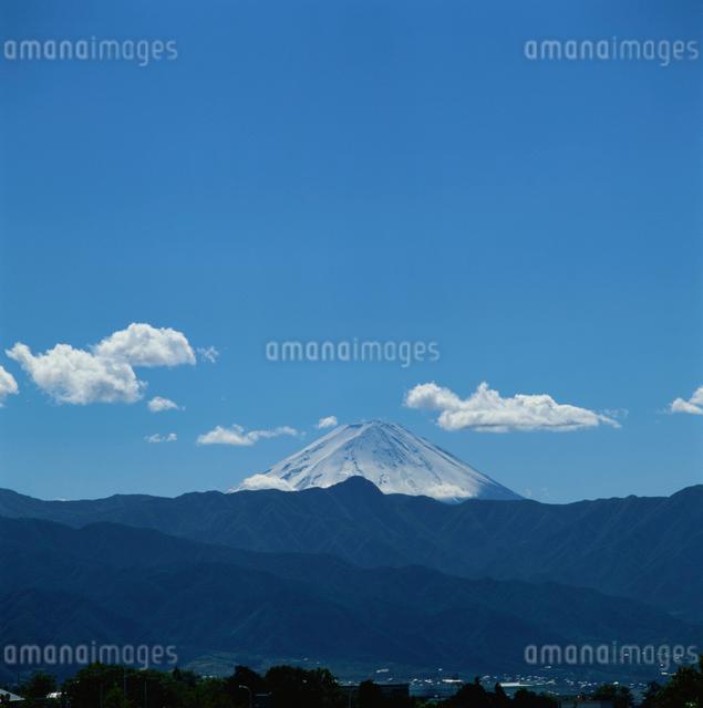 牧丘町から望む富士山の写真素材 [FYI03347776]