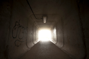 地下横断歩道の写真素材 [FYI03348758]