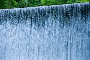 水のカーテンの写真素材 [FYI03348824]