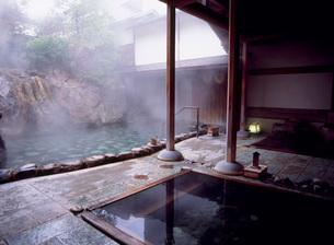 露天風呂の写真素材 [FYI03350203]