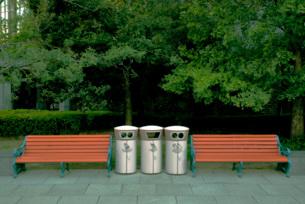 分別ゴミ箱の写真素材 [FYI03350825]