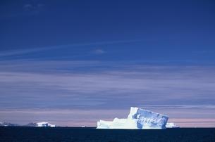 氷山の写真素材 [FYI03352112]