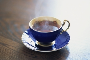 ティーカップとソーサー(AYNSLEY)の写真素材 [FYI03353604]
