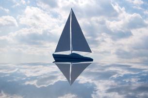 ヨットと空の写真素材 [FYI03353921]