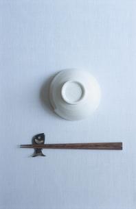 箸と茶碗の写真素材 [FYI03354590]