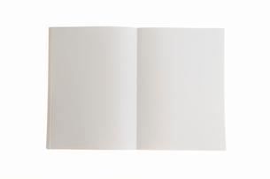 白い本の写真素材 [FYI03354723]