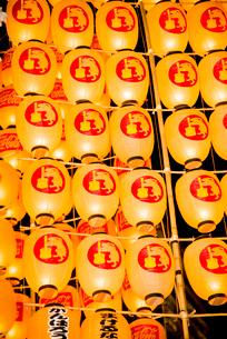 秋田竿燈祭りの写真素材 [FYI03355053]
