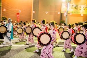 盛岡さんさ踊りの写真素材 [FYI03355058]