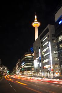 京都烏丸口夜景の写真素材 [FYI03355096]