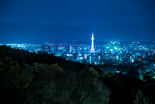 京都街並夜景の写真素材 [FYI03355448]