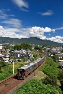 山陽本線普通列車の写真素材 [FYI03355925]