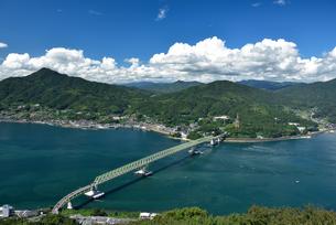 飯の山展望台から見た大島大橋の写真素材 [FYI03355938]