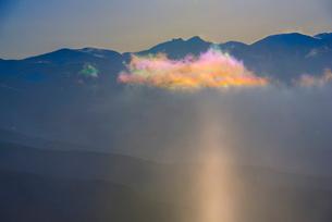 サンピラーと八ヶ岳連峰の写真素材 [FYI03356027]