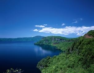 瞰湖台より十和田湖望む  青森県の写真素材 [FYI03357026]
