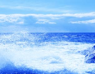 太平洋の波しぶきの写真素材 [FYI03357056]