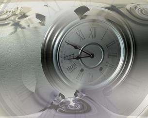 時計の文字盤と渦の合成 CGのイラスト素材 [FYI03357520]