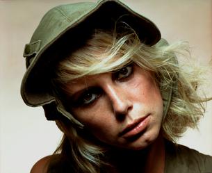 帽子を被った外国人女性の写真素材 [FYI03358272]