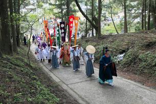 熊野本宮大社例大祭の渡御の写真素材 [FYI03363106]